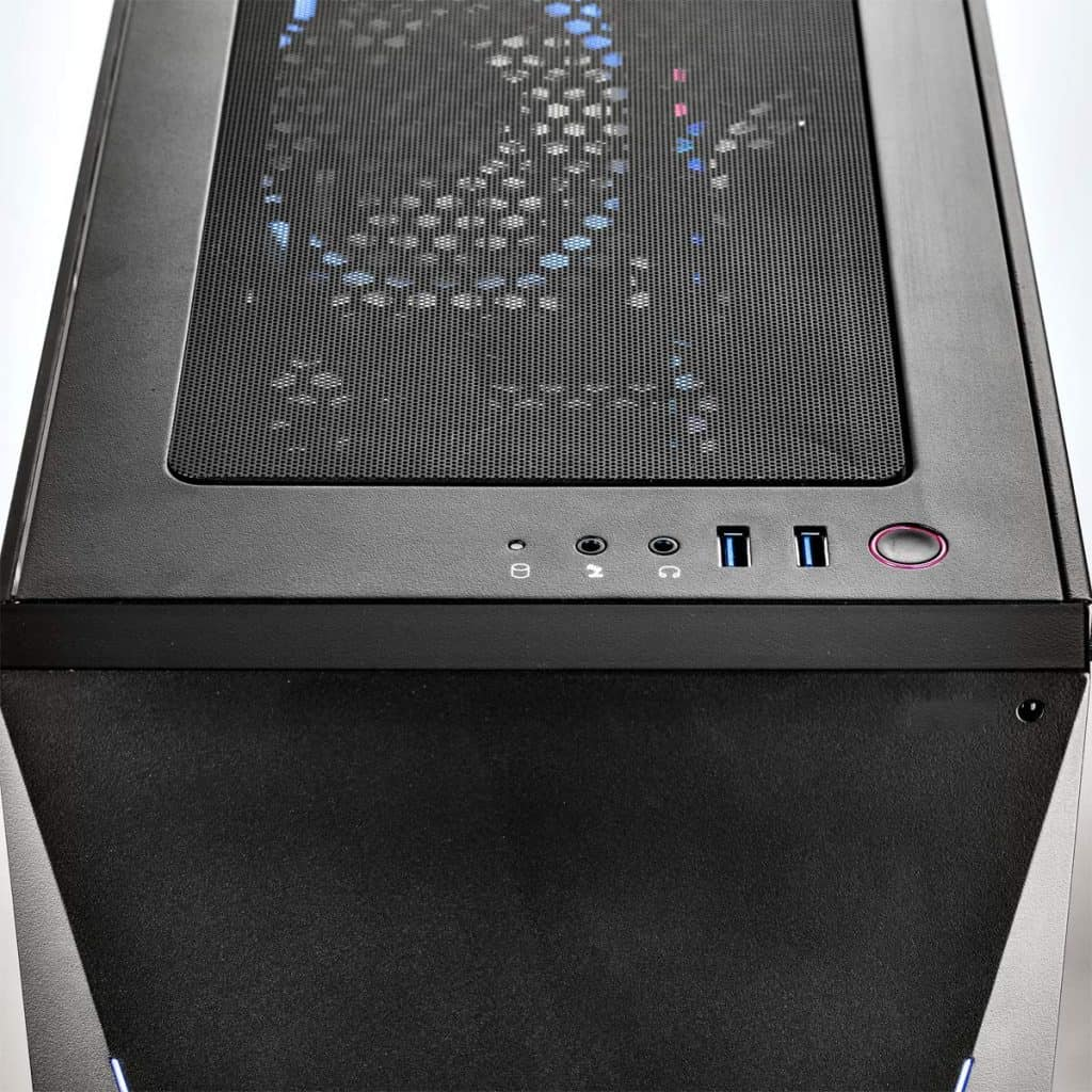 Image shows the front facing port system of the iBuyPower Pro Trace 9240 desktop