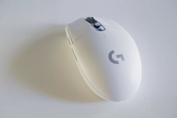 A white wireless mouse